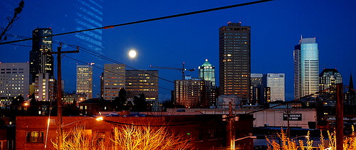 Moon Setting Over Downtown Seattle, 04.07.12 | by JoeInSouthernCA
