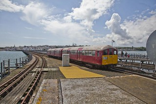 1938 Unit 008 Arrives at Ryde Pier | by Amys-pics