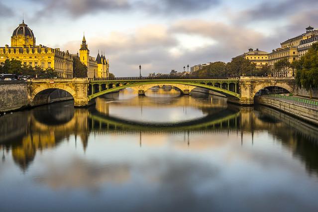Paris, Conciergerie at sunrise