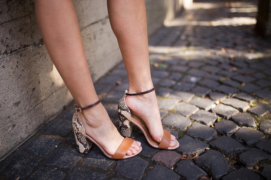 brown-tan-leather-sandals-heels