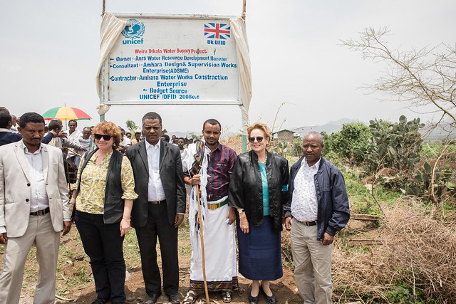 Ms. Gillian Mellsop, UNICEF Representative to Ethiopia visits and inaugurates the UNICEF/DIFID supported community emergency water supply scheme at Woiru Dikala Kebele, Raya Kobo woreda, Amhara region.