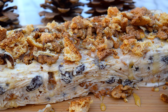 Festive Honey, Walnut and Amaretti Ice Cream Terrine | www.rachelphipps.com @rachelphipps