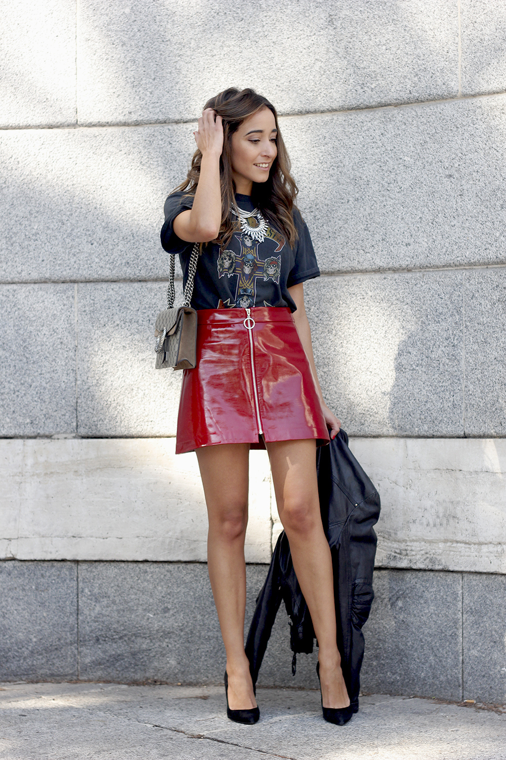 patent leather skirt guns and roses shirt leather jacket heels fashion outfit style09
