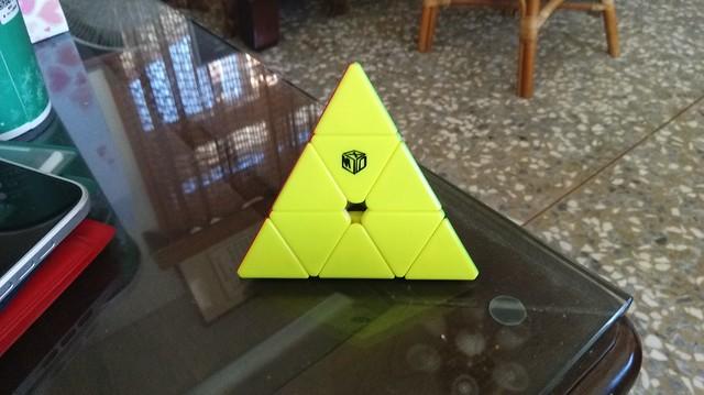 魔方格磁力金字塔-鈴塔成品