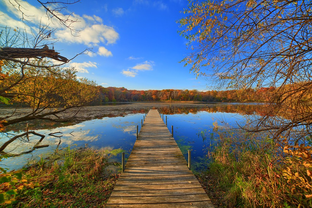 Fall on Lone Lake