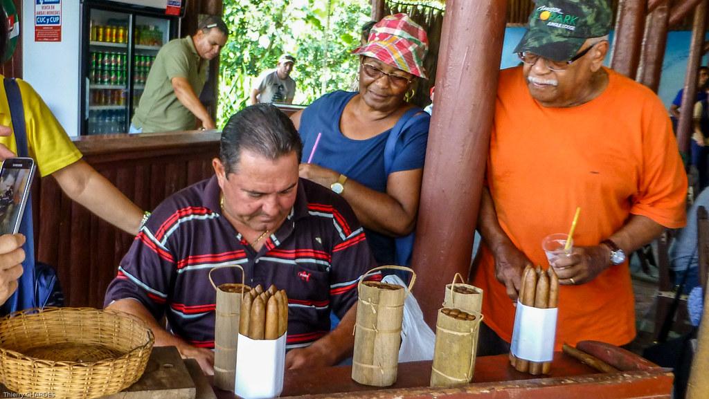 Rouleur de Cigare - Viñales - [Cuba]