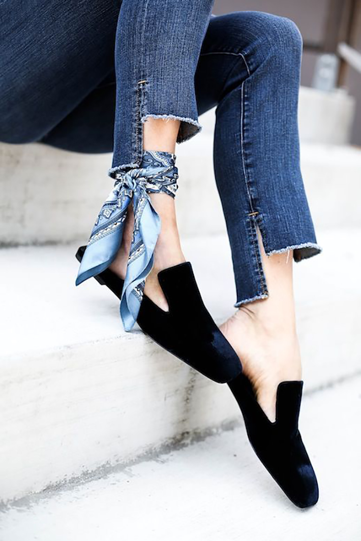 velvet streetstyle outfit accessories heels dresses9