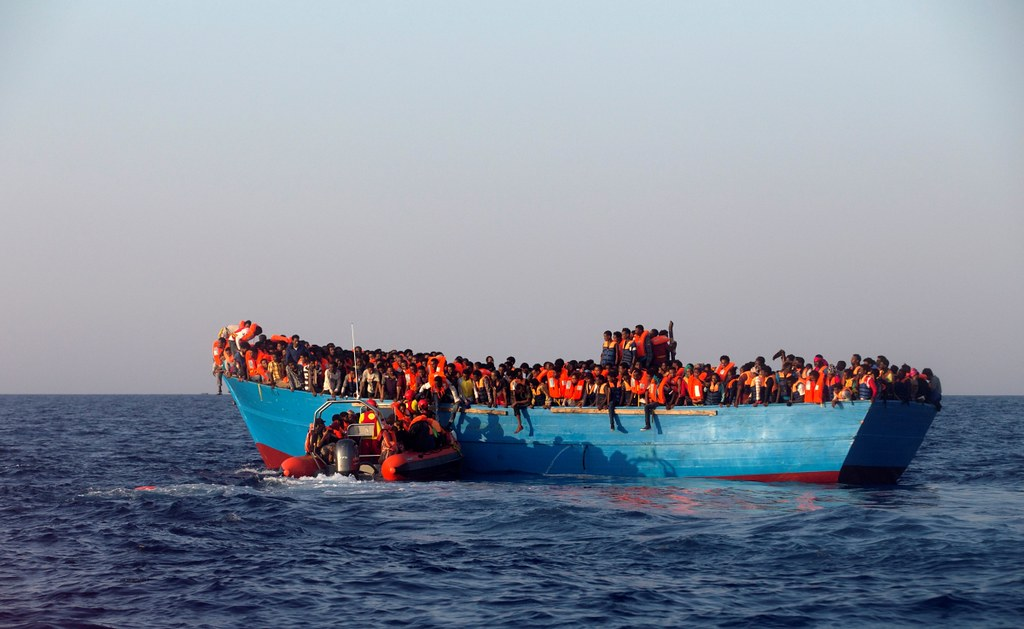 Secretary of State: Up to 25,000 Migrants Have Illegally Left Tunisia Since the Revolution
