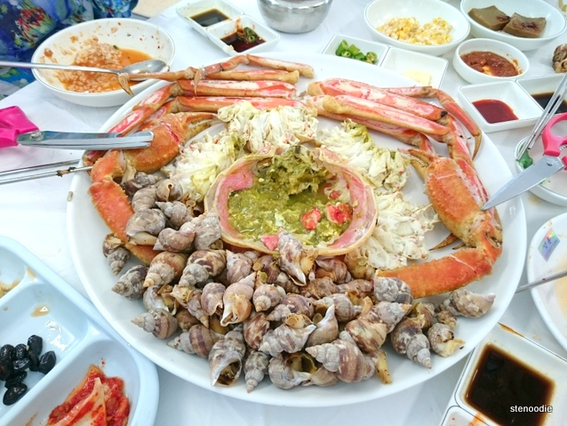 Raw crab and conches