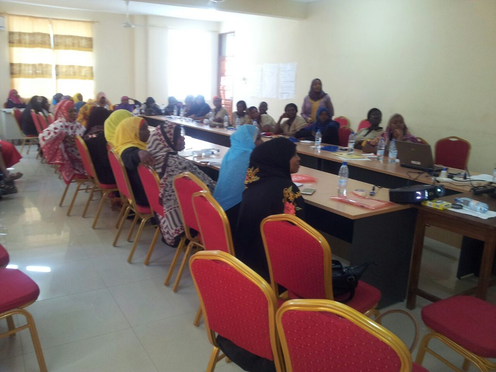 2016-10-26~27 Zanzibar: IDWF workshop on knowledge base for migrant domestic workers