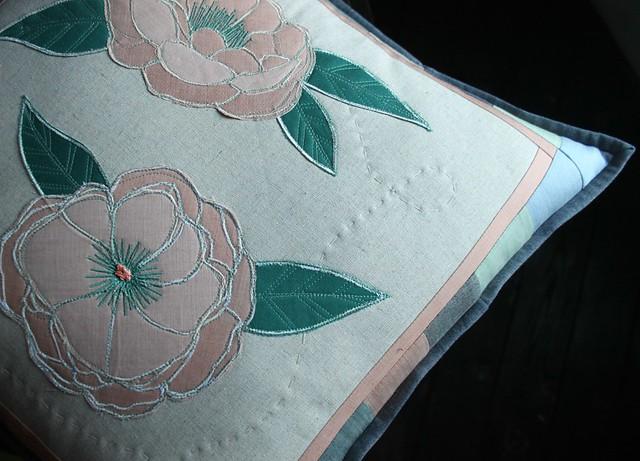 Garden Dreamer Pillow Details
