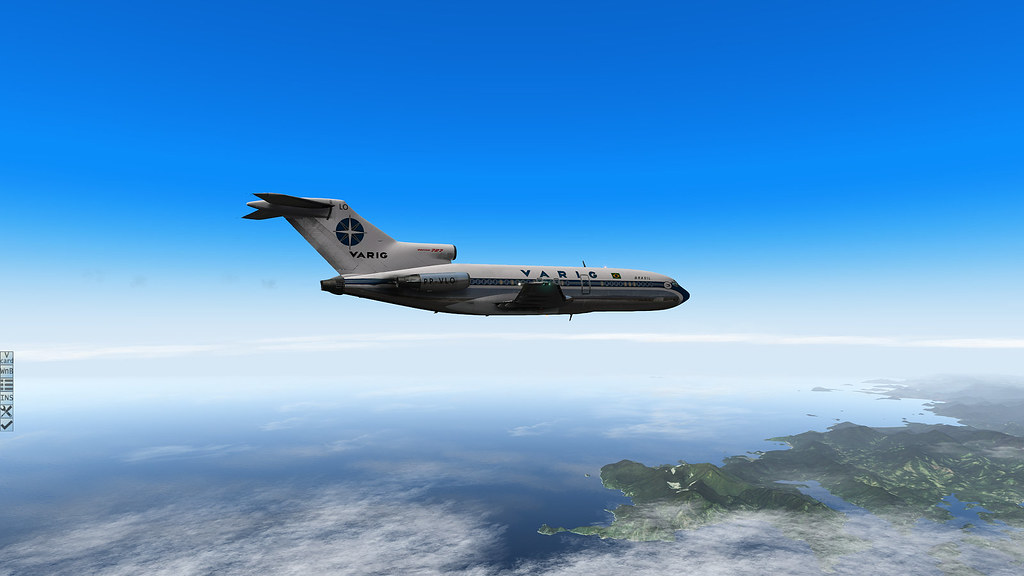 Varig 727-100 decolando do Rio rumo a SP. 30593424202_351907a832_b
