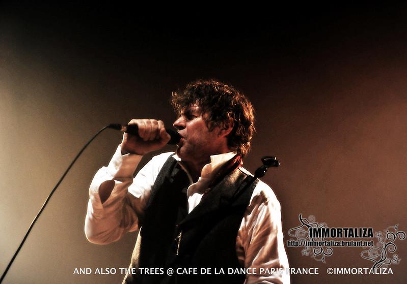 AND ALSO THE TREES DIMANCHE 16 OCTOBRE - CAFE DE LA DANSE. PARIS  30604449042_5fa8a79ed8_c