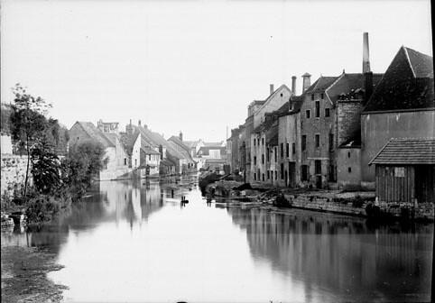 Le canal, Dijon