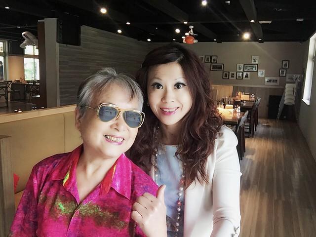 環保阿嬤與女雸約會草山 (21)