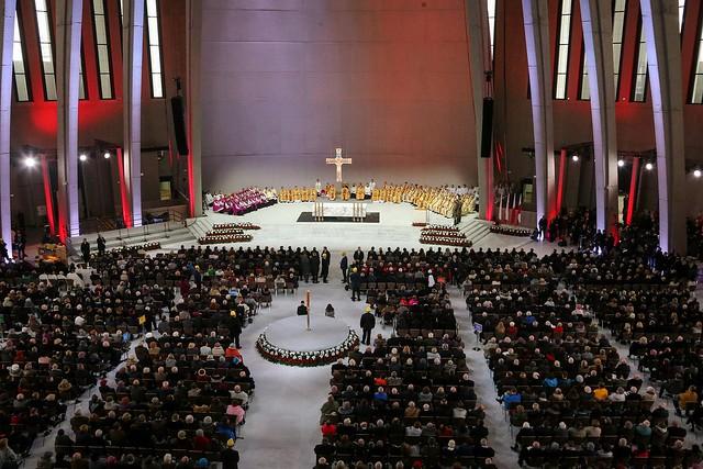 Pierwsza Msza św. w Świątyni Opatrzności Bożej wŚwięto Niepodległości