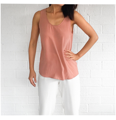 Grana Silk Blush Tank and White Crop Pants