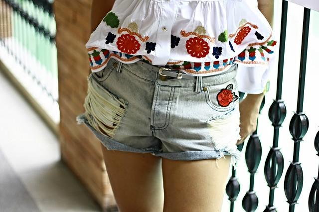 denim shorts embroidery shorts