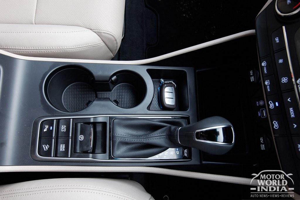 2016-Hyundai-Tucson-Interior-Dashboard (9)