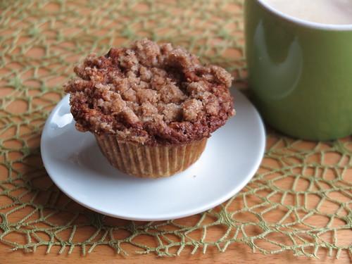 Letzter Walnuss-Apfel-Muffin  zum Nachmittagskaffee