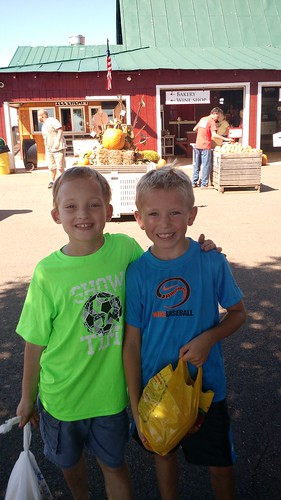 Sept 23 2016 Carter Mountain Orchard 2nd grade (7)