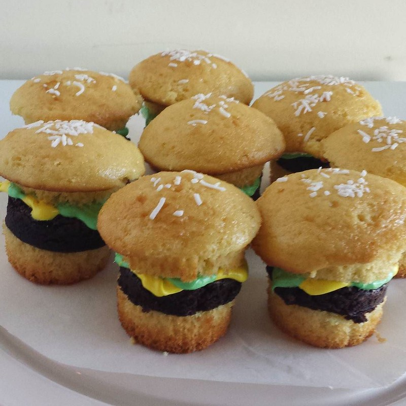 Cheeseburger cupcakes for the birthday girl! 12 years old!! The cupcakes actually turned out better than I expected them to, not great but not terrible either! 👍