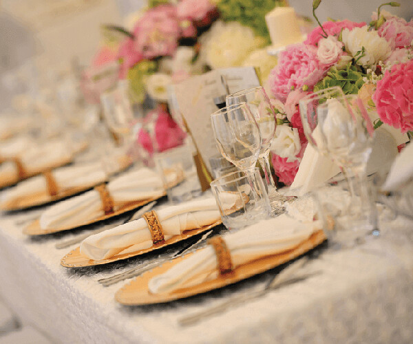 Cùng chọn nhà hàng tiệc cưới hấp dẫn nhất HCM cho tiệc cưới của bạn