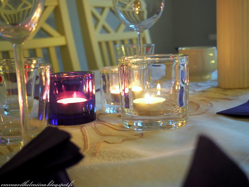 syyskattaus juhlapöytään