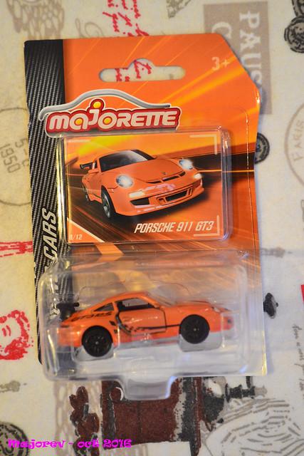 N°209D Porche 911 GT3RS. 30402998442_68b82329cb_z