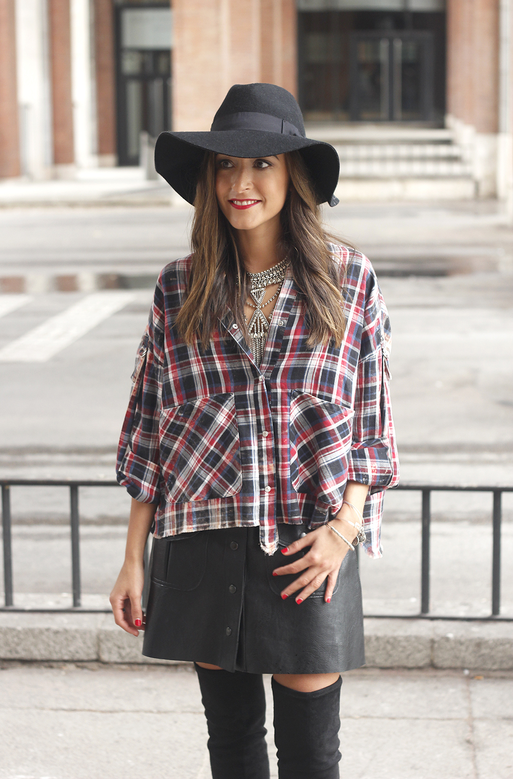 tartan shirt leather skirt over the knee boots accessories hat fashion outfit rainny day20