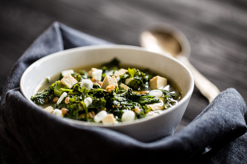 Supergreen wholegrain miso soup