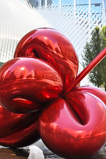 Balloon Flower by Jeff Koons