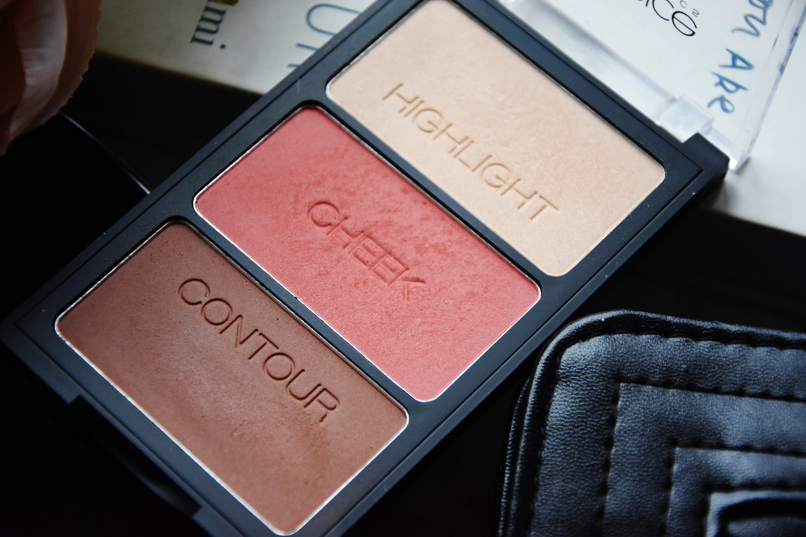 Catrice Sculpting powder palette review