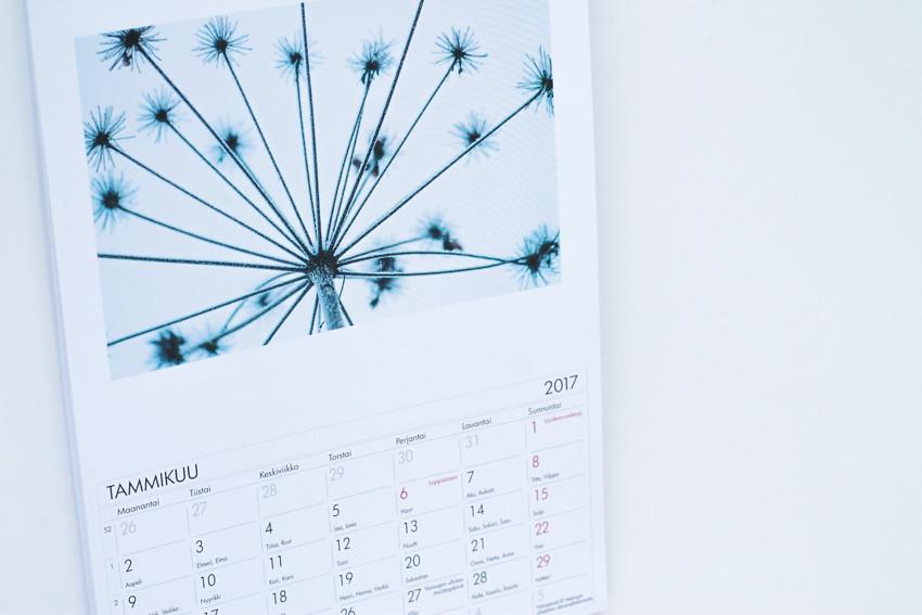 kalenteri omista kuvista-1709