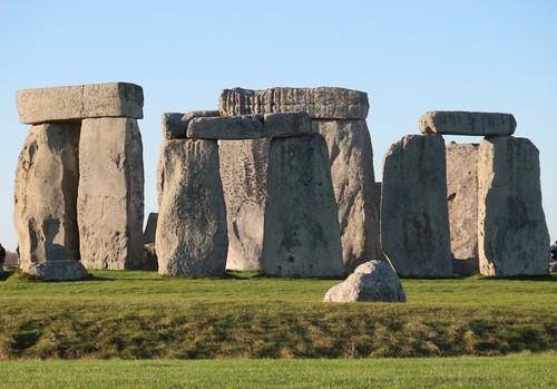 Triliths