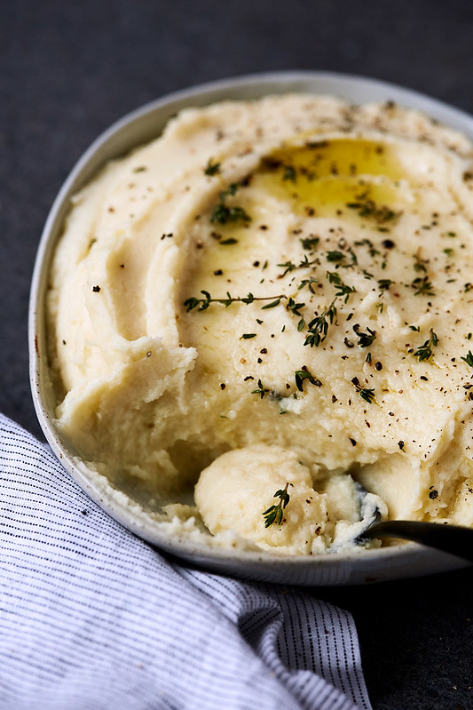 Roasted Garlic Parsnip Cauliflower Mash