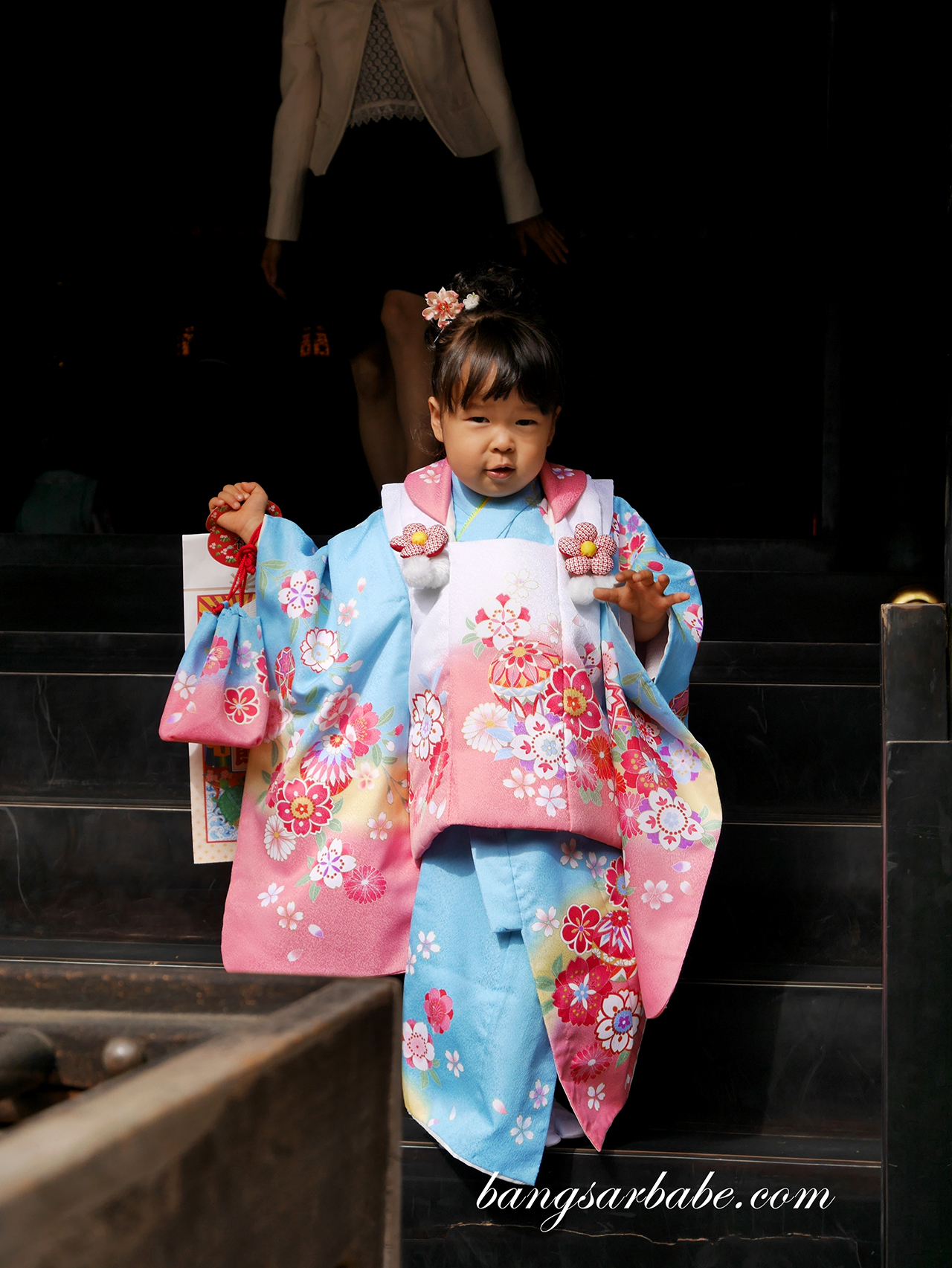 Little geisha at Osaki Hachimangu