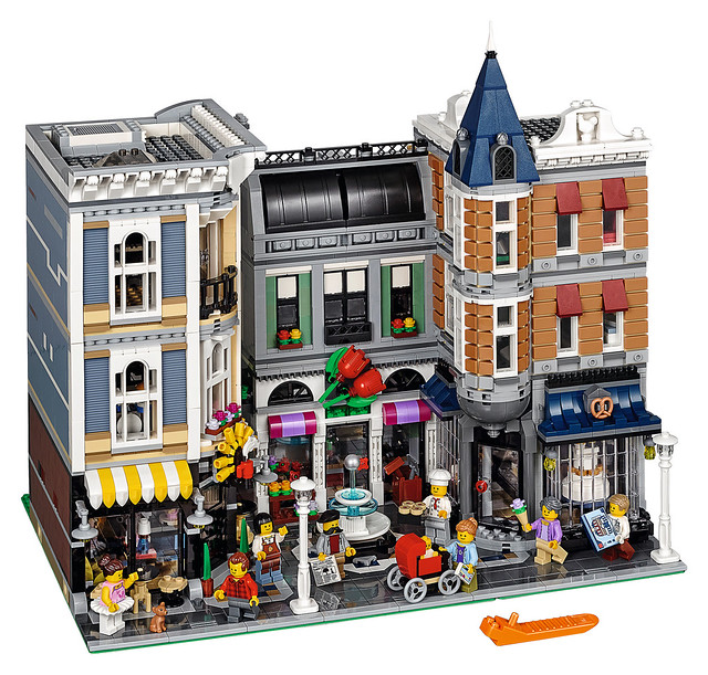 LEGO Creator Expert 10255 - Assembly Square