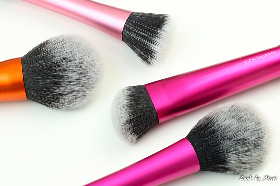 2 Real Techniques face brushes