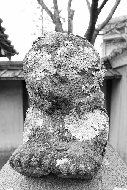 Nanzenji statue monochrome