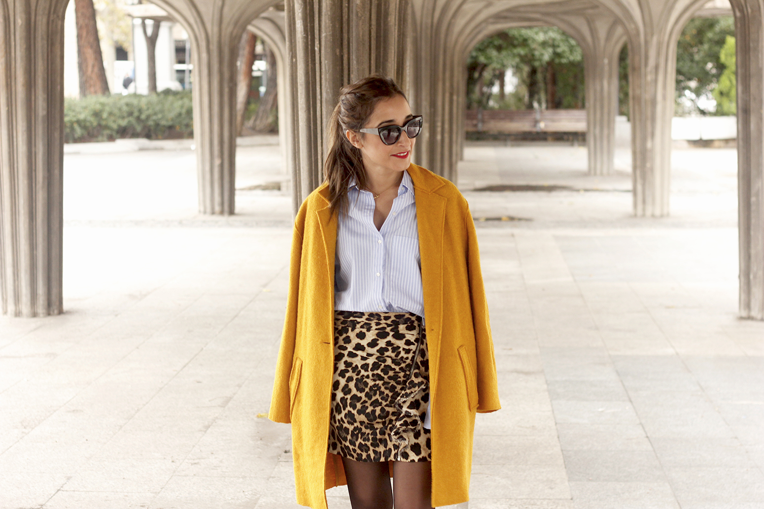 Leopard Skirt striped shirt black heels mustard coat fall outfit style fashion10