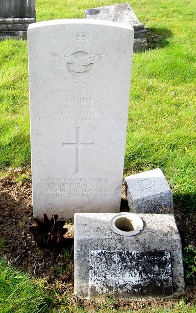 Markinch War Grave 2
