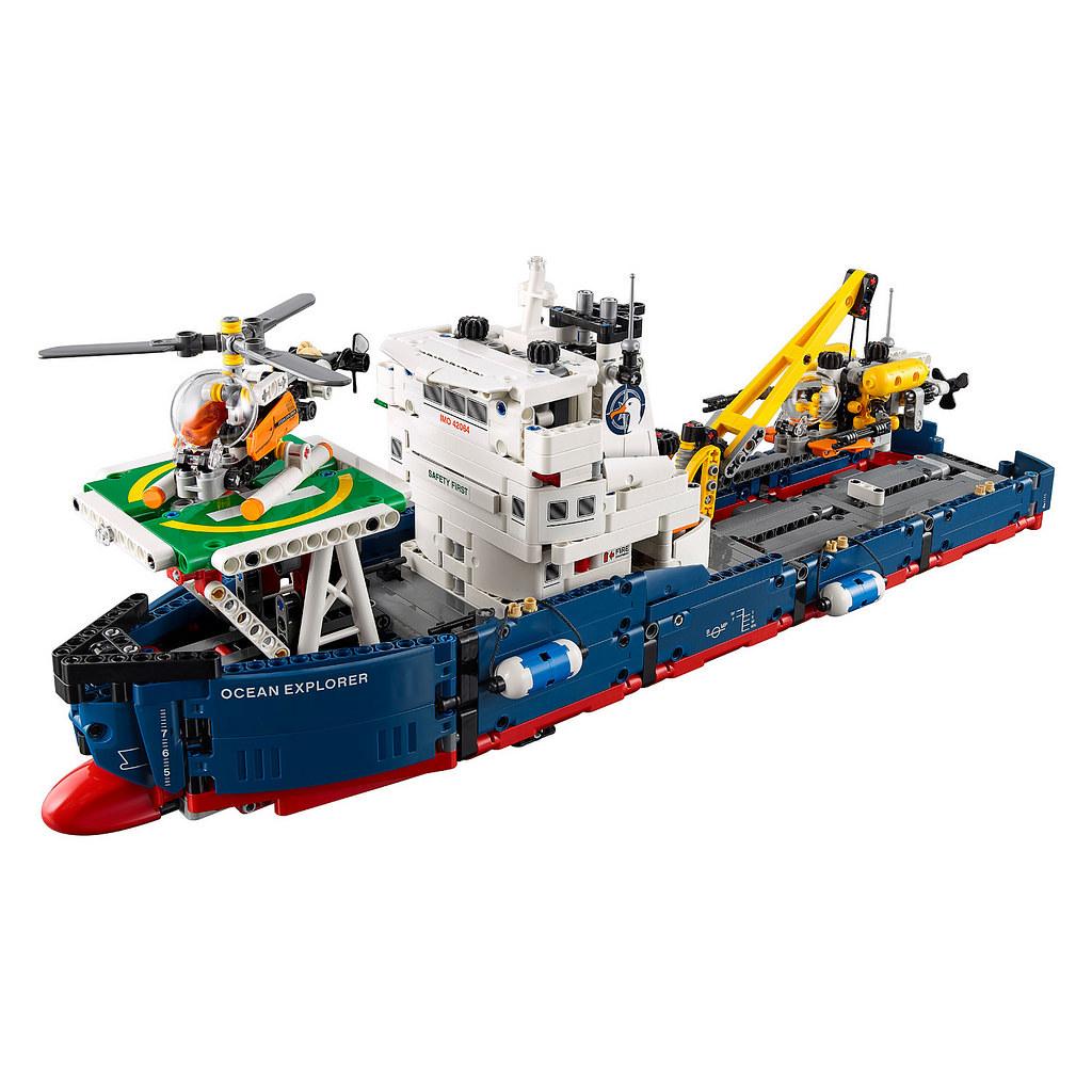 LEGO Technic 42064 - Ocean Explorer