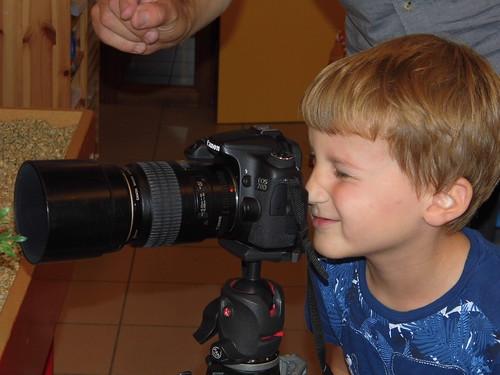 Bezoek van de fotograaf.(Opa van Kasper)