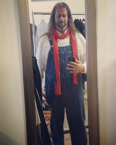 Traditional mirror selfie! If I'm being honest, I like my outfit from today. A thrifted white button-down under vintage Lee blue denim overalls, and my red Shakespeare scarf. #ootd #overalls #vintage #Lee #bluedenim