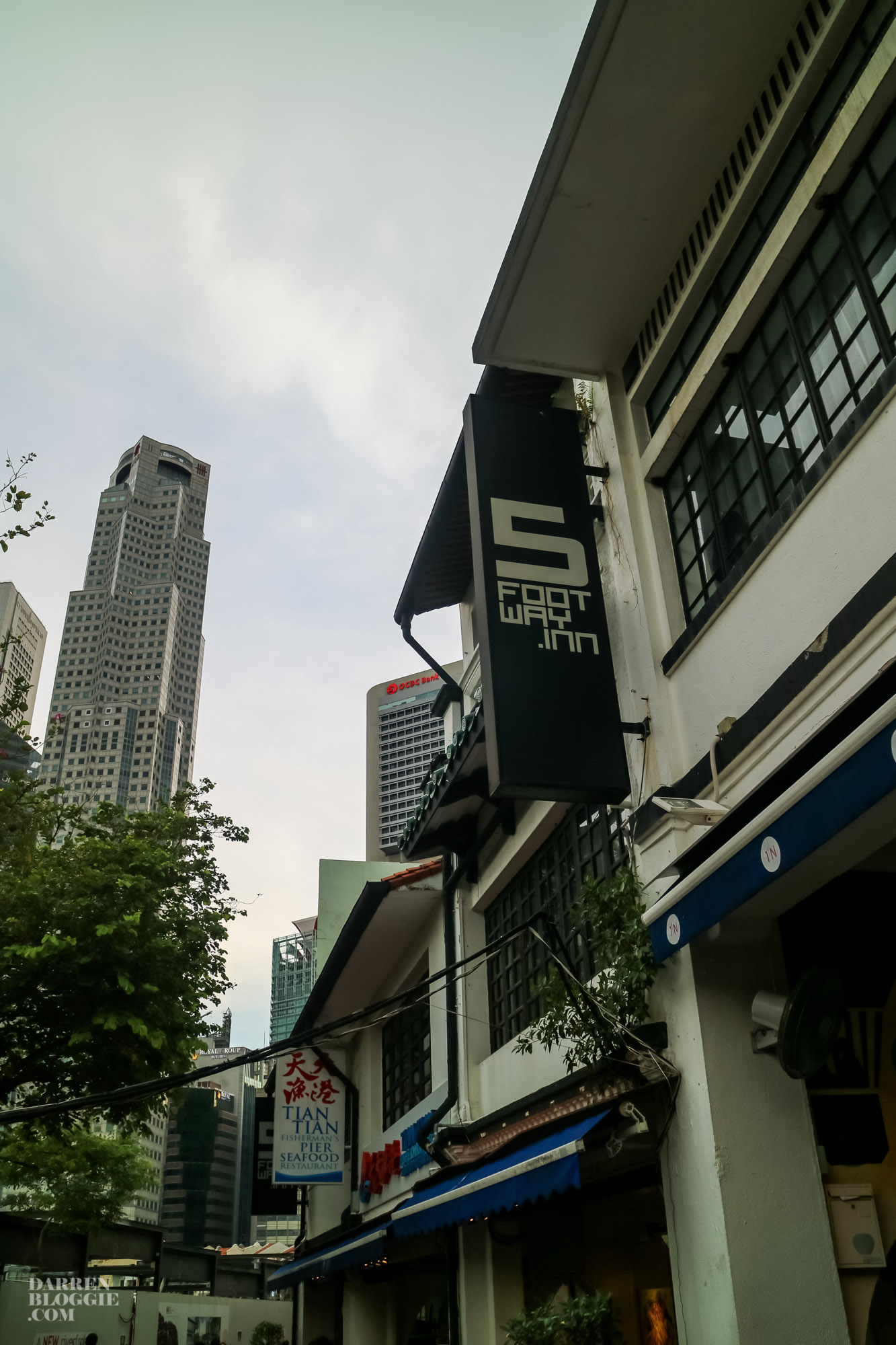 5footwayinn-boatquay-singapore-38