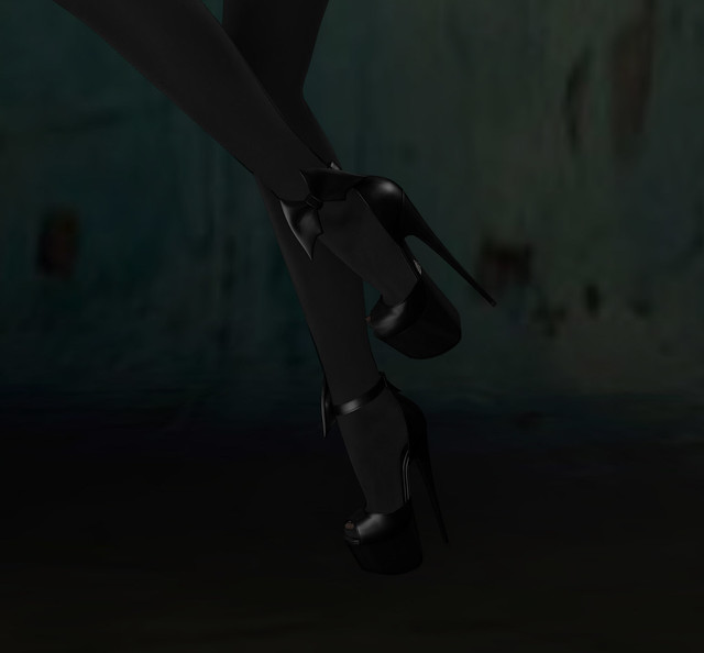Hocus Pocus shoes, Reign