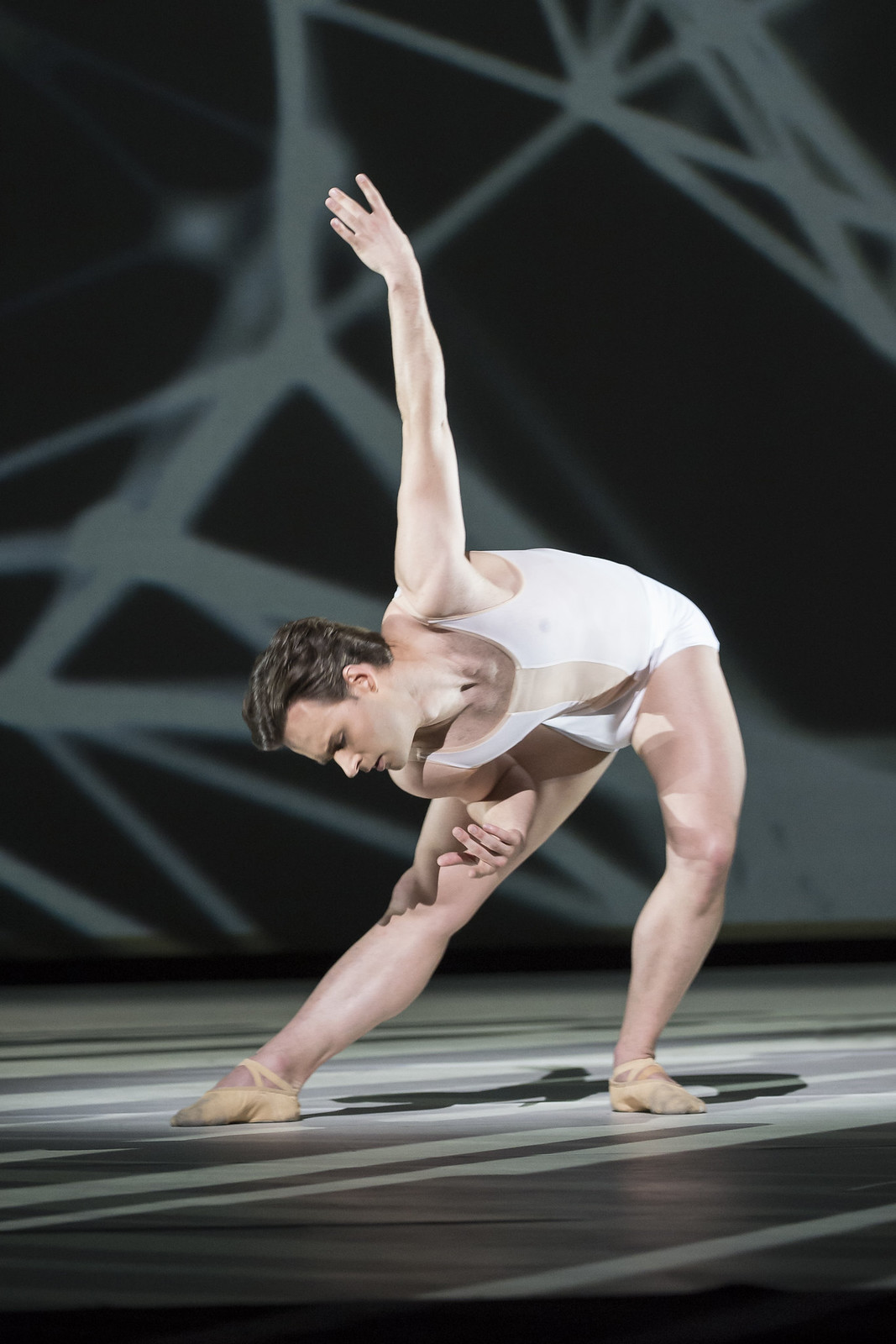 Alexander Campbell in Connectome, The Royal Ballet © ROH/Bill Cooper, 2014