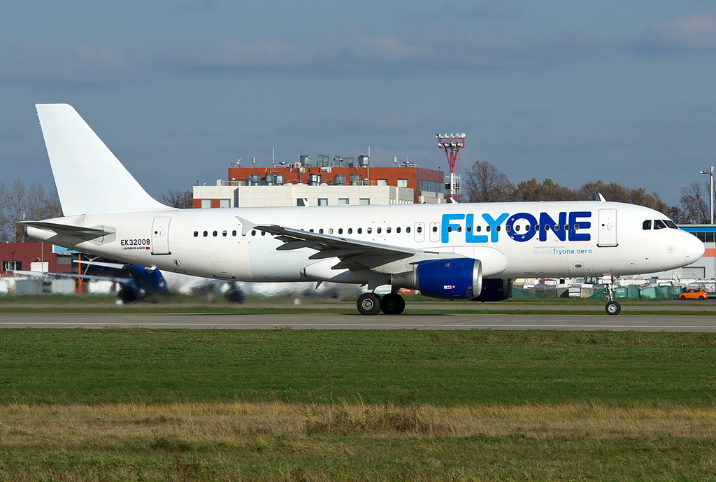 EK-32008 Fly One Airbus A320-211