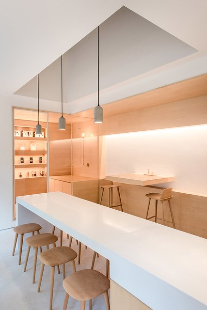 Coffee + coworking space design by Lukstudio Sundeno_04